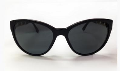 フォックスタイプのサングラス