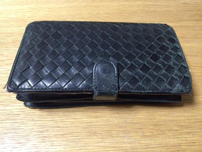 ボッテガ・ベネタの財布