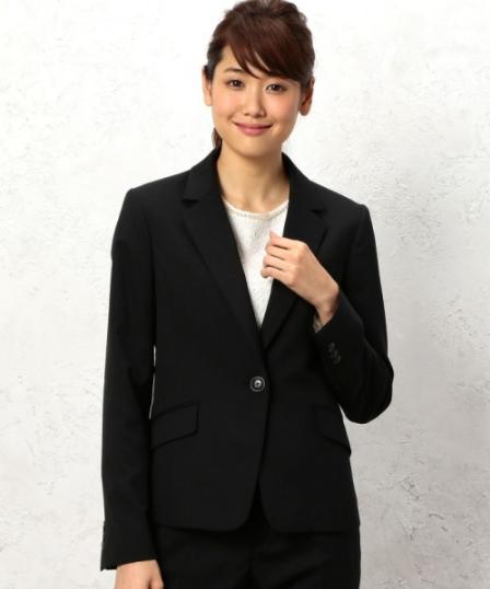 CR SelfWashTW TL 1Bジャケット−JPSSをきれいにコーデする女性モデル